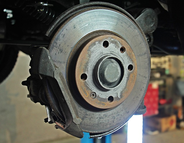 CHANGE OF BRAKE PADS 63€